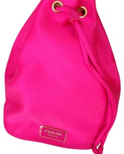 dba1b624e30b80 low cost prada candy hot pink makeup pouch cosmetics bag new in box ecb7c  8ec87; buy prada prada candy pouch cosmetic makeup bag 380a2 ff84f