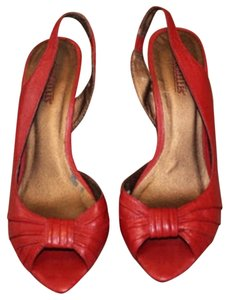 Seychelles D'orsy Slingback Red Pumps