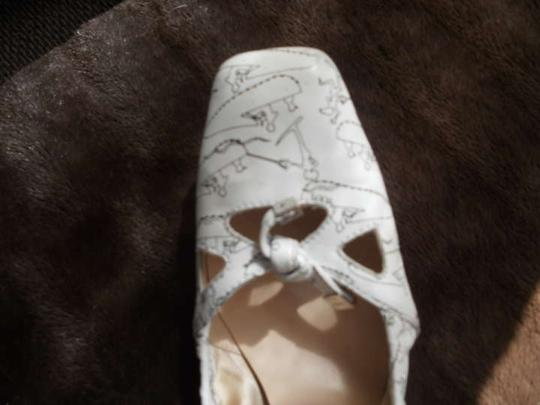 Tod's Ballet Leather Design Ballet White with Blue Flats