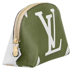Louis Vuitton Giant Monogram Cosmetic Pouch