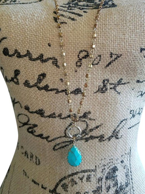 Item - Gold/Turquoise 36 Inch Necklace