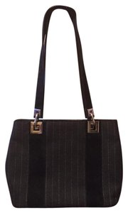Stuart Weitzman Tote in Black & Gray