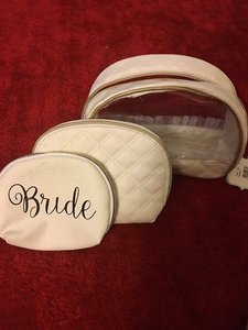 David's Bridal David's Bridal Make Up Bag Set