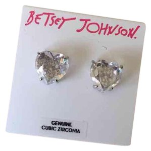 Betsey Johnson Betsey Johnson CZ Heart/Skull Studs