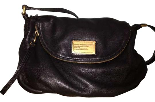 Preload https://item1.tradesy.com/images/marc-by-marc-jacobs-black-leather-cross-body-bag-197365-0-0.jpg?width=440&height=440