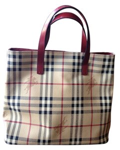 Burberry Designer Small Handles Vintage Everyday Fun Traditional Detailed Treated Leather Fun Traditional Red Tote in Classic Burberry plaid