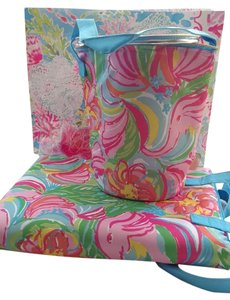 Lilly Pulitzer SET: New Lilly Pulitzer Wine Ice Bucket Cooler & Beach Blanket GWP