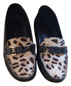 J. Renee Black/ animal print Flats