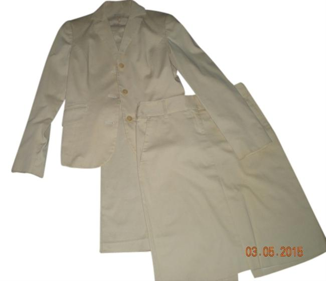 Preload https://item2.tradesy.com/images/united-colors-of-benetton-benetton-three-piece-cotton-suit-1973846-0-0.jpg?width=400&height=650