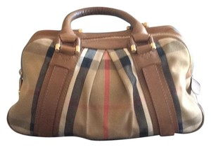 Burberry Satchel in House Check