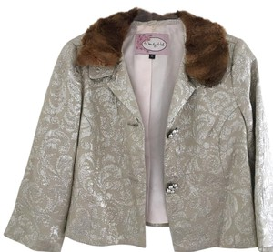 Wendy Hil Faux Fur Fur Collar Work Champagne Blazer