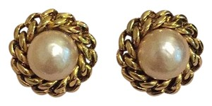 Chanel Chanel 1984 vintage Clip On Earrings
