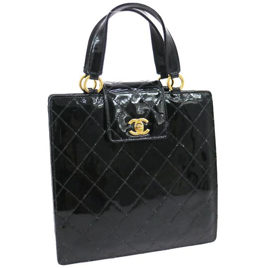 Preload https://img-static.tradesy.com/item/19739326/chanel-quilted-black-patent-leather-satchel-0-1-540-540.jpg