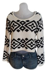 MINKPINK Cropped Crew Neck Sweater