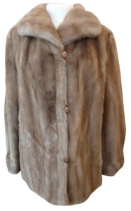 Dubrowsky & Perlbinder Fur Coat