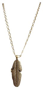 Lucky Brand Lucky Brand Long Leaf Crystal Locket