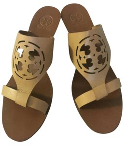 Tory Burch Caramel Brown Sandals