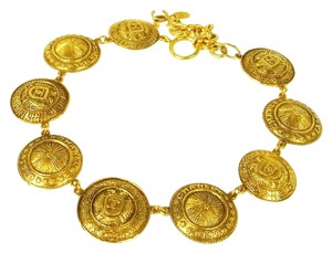 Chanel CHANEL Vintage 31 Rue Cambon Paris CC Medallion Necklace Gold