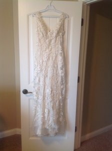 Allure Bridals Ivory/Silver Charmeuse and Tulle 8800 Vintage Wedding Dress Size 2 (XS)