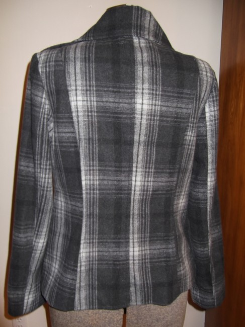 Old Navy Grey and White Coat Size 8 (M) Old Navy Grey and White Coat Size 8 (M) Image 5
