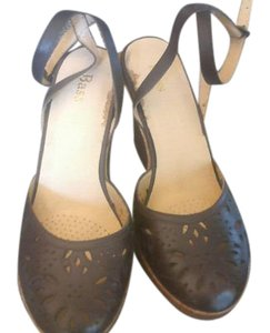 Bass Sexy Good Color brown Sandals
