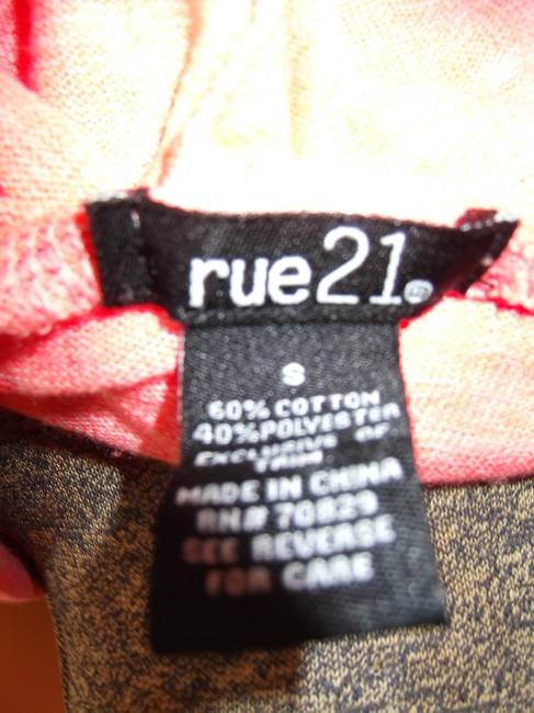 Rue 21 Size Small Sweater Image 2