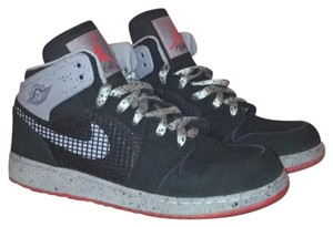 Nike Black/Fire Red/Cement Grey Athletic