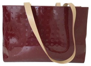 Arcadia Glossy Imprinted Square Shoulder Bag