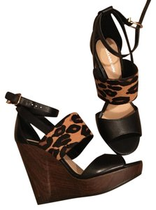 Gianni Bini Leopard Wedges