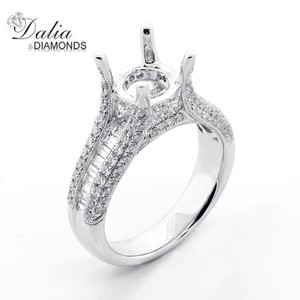 1.35 Cts Round And Baguette Cut Diamond Engagement Ring Set In14k White Gold