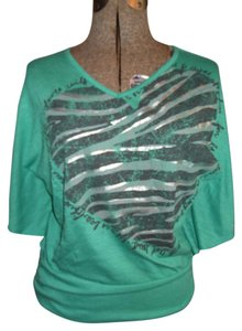 Mudd Heart Love Size Xl Top Green