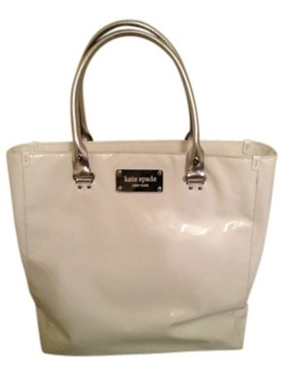 Preload https://item2.tradesy.com/images/kate-spade-pretty-in-whitesilver-white-patent-leather-tote-19746-0-0.jpg?width=440&height=440