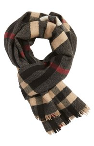 Burberry Burberry Men's Camel Check Reversible 100% Wool Scarf