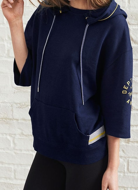 Preload https://img-static.tradesy.com/item/19747408/victoria-s-secret-navy-new-hoodie-loose-fit-soft-fleece-sweaterpullover-size-6-s-0-4-650-650.jpg
