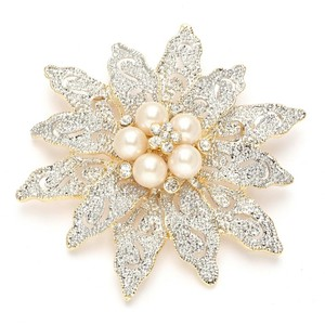 Mariell Silver/Gold/Ivory Two-tone Etched Flower Pearl 980p-g Brooch/Pin
