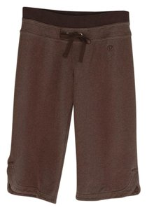 Lululemon crop charcoal bermudas back pockets