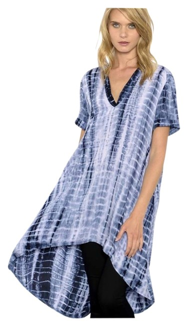 Preload https://img-static.tradesy.com/item/19748183/blue-tye-dye-new-navy-v-neck-woven-high-tunic-size-4-s-0-1-650-650.jpg