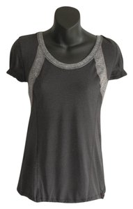 Lululemon light weight charcoal balck t-shirt
