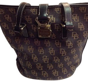 Dooney & Bourke Satchel in Black And Gold