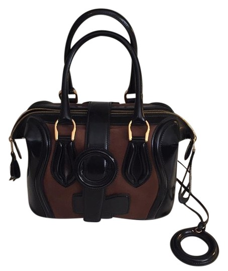 Preload https://img-static.tradesy.com/item/19748569/balenciaga-black-and-brown-patent-leather-leather-satchel-0-1-540-540.jpg
