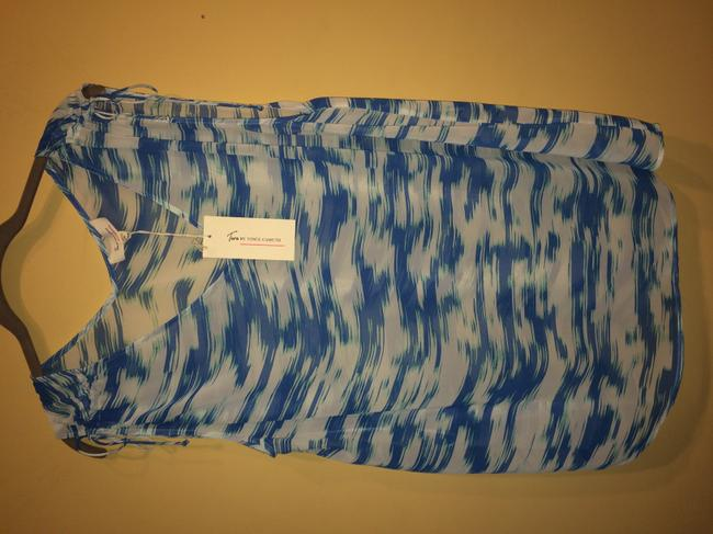 Vince Camuto Top blue and white Image 3