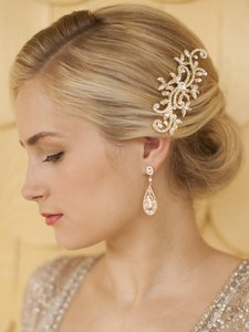 Mariell Gold Wedding Or Bridal Hair Comb With Pave Crystal Vines 4027hc-g