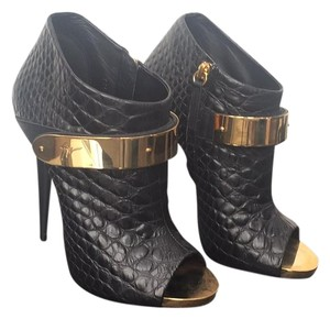Giuseppe Zanotti Black with Gold Accents Pumps