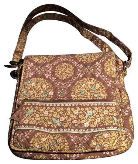 Preload https://img-static.tradesy.com/item/19749638/vera-bradley-variegated-colors-cotton-cross-body-bag-0-1-540-540.jpg