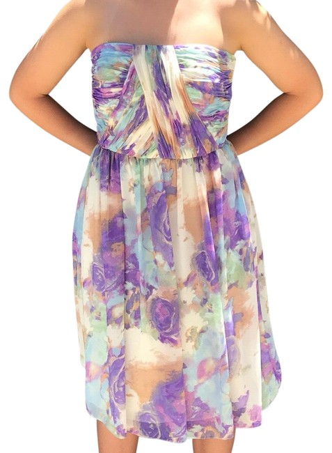 Preload https://img-static.tradesy.com/item/19749732/donna-morgan-periwinkle-multi-53030-mid-length-cocktail-dress-size-4-s-0-3-650-650.jpg