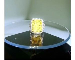 Gia Certified 11.36 Ct Radiant Fancy Light Yellow Si2 18k Wg Ring