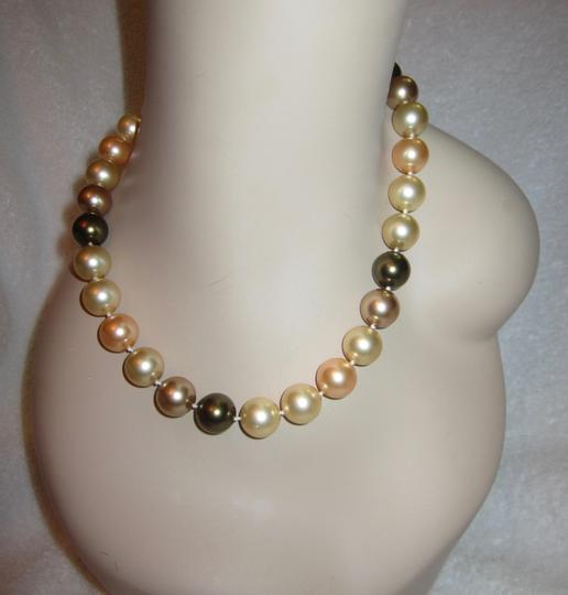 Other Stunning High End Large Faux Multi-Color Pearl Necklace Crystal
