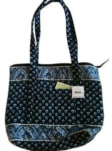 Vera Bradley Tote in Nantucket Navy