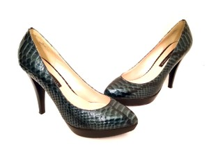 Lovely People Almond Toe Stiletto Hidden Platform Croc Embossed Bluish-Green Pumps