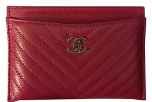 Chanel Chanel Red Caviar Quilted Chevron Card Holder